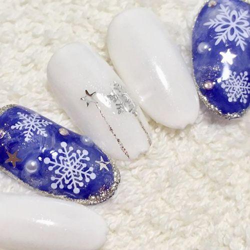 SNSで話題!可愛い【雪の結晶ネイル6選】で冬を感じちゃお♡のサムネイル画像
