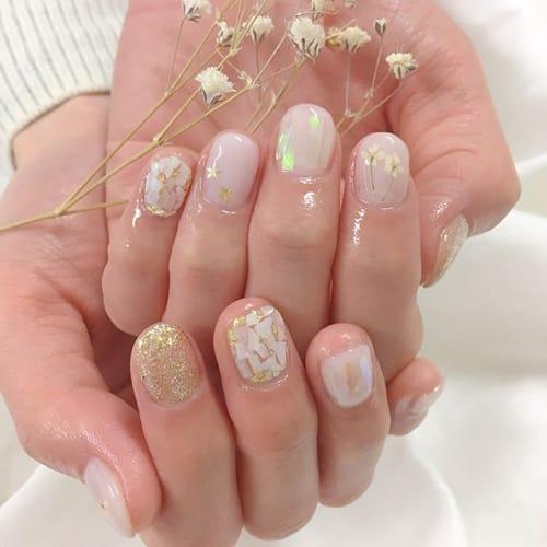 指先から春を先取りしちゃいましょ♡ 【押し花ネイル】の季節がキタ!のサムネイル画像