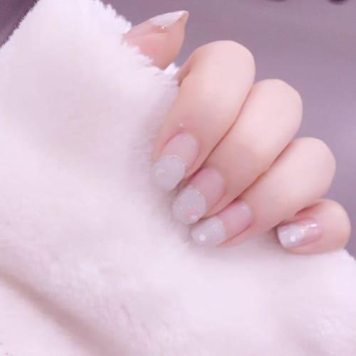 これならできる週替わりネイル♡ 【春色×丸フレンチ】で恋する指先!のサムネイル画像