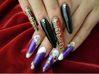 大人の女性風♡艶やか【紫】色気たっぷりパープルネイル特集のサムネイル画像