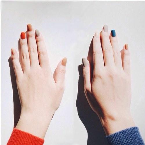 指先のおしゃれは、流行に敏感な芸能人のネイルデザインをお手本にのサムネイル画像