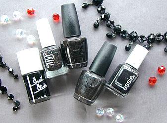 お洒落もクールも兼ね備えたマニキュアカラー黒!黒マニキュアの魅力のサムネイル画像