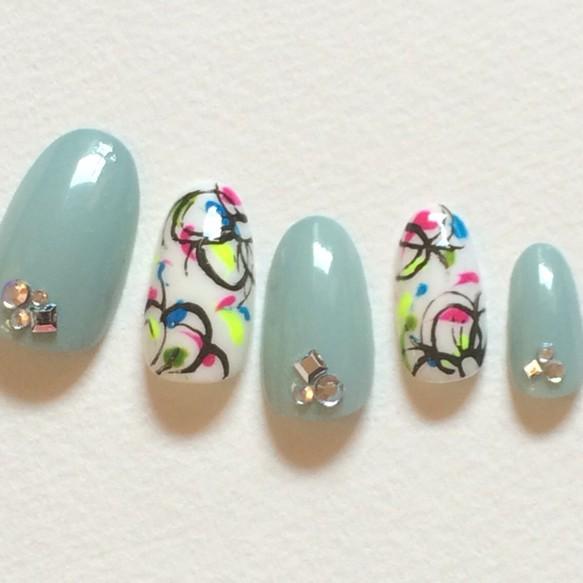 今年の夏はコレ!楽しい夏にピッタリなジェルネイルデザイン20選♡のサムネイル画像