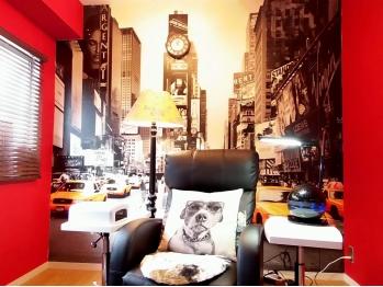 恵比寿にあるネイルサロン、「カラーズ」へ行って指先に彩を!のサムネイル画像
